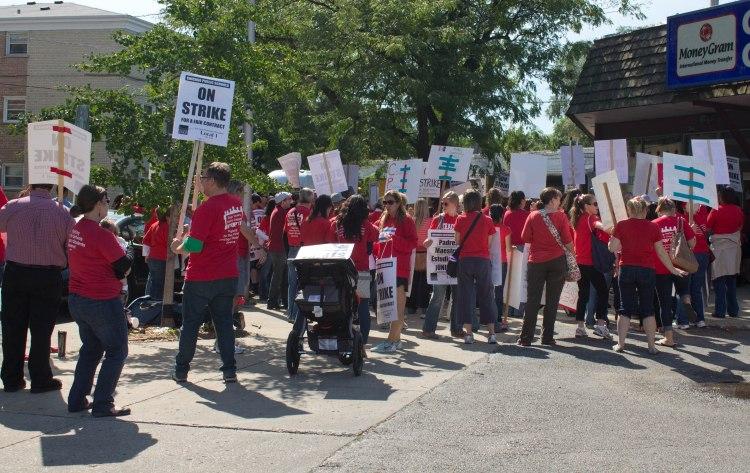 Chi_Teachers_on_Strike